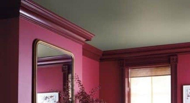 Combine cores neutras com a decoração cor marsala