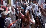 Asegunda festadoPower Couple Brasil 5fez a alegria dos participantes e trouxe um novo ânimo para os casais que voltaram da DR. Com o tema Festa do Pijama, os casais arrasaram na pista, dançaram e cantaram até a madrugada deste sábado (22)! Eles esqueceram completamente das brigas e intrigas e se jogaram na pista; confira!