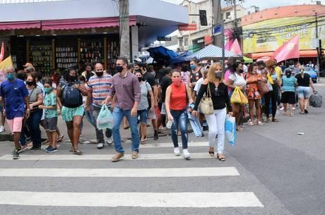 Estado do RJ tem mais 50 mortes por covid-19 em 24h