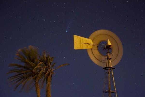 Na Espanha, um registro da passagem do cometa foi feito na cidade de Gran Tarajal, na ilha de Fuerteventura.