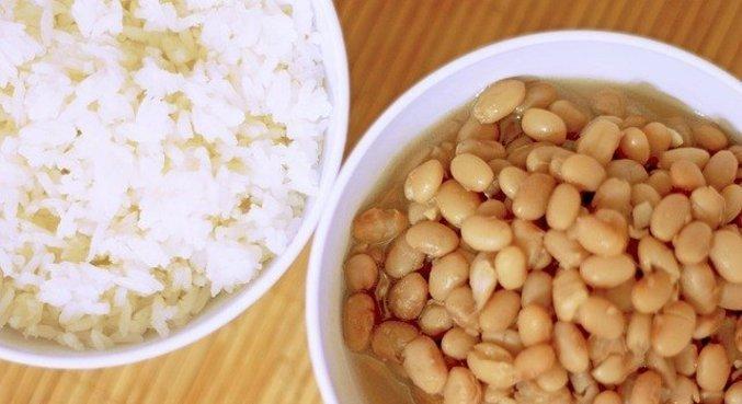 Supermercados oferecem de seis a sete marcas de arroz e feijão diferentes