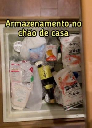 Alimentos no 'cooler de chão'