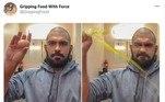 Em todas as fotos, a ideia é sempre a mesma: comidas esmagadas com força por uma mão
