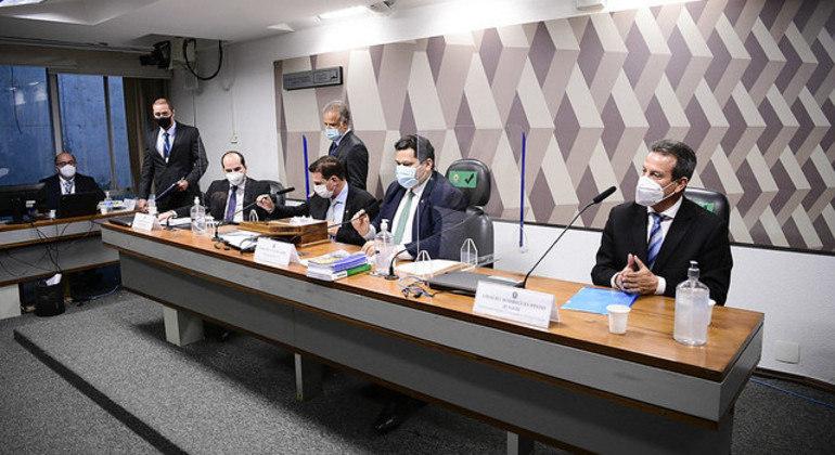 Integrantes da CCJ durante sabatina de indicados para cargos no Tribunal Superior do Trabalho (TST)