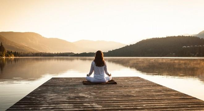Meditação traz benefícios para adultos e crianças