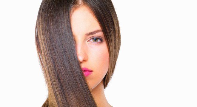 Como alisar o cabelo - Receitas e passo a passo para alisar o cabelo em casa
