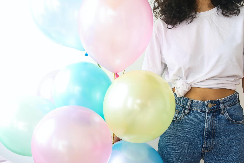 Comemorar aniversários e outras datas especiais em quarentena exige criatividade