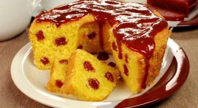 Como decorar bolo com goiabada