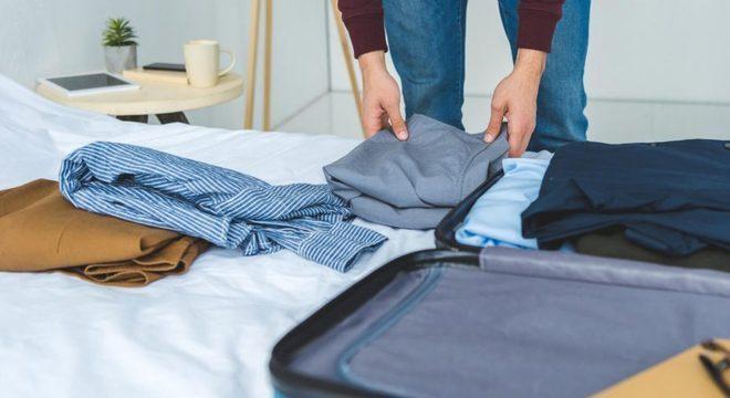 Como dobrar camisa social - Dicas de como dobrar e guardar em amassar