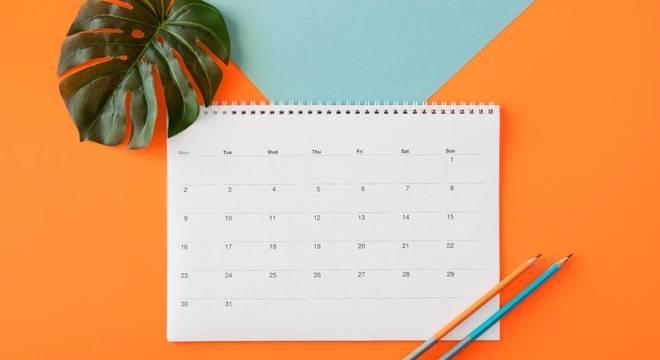 Como se organizar no começo do mês: preencha o calendário
