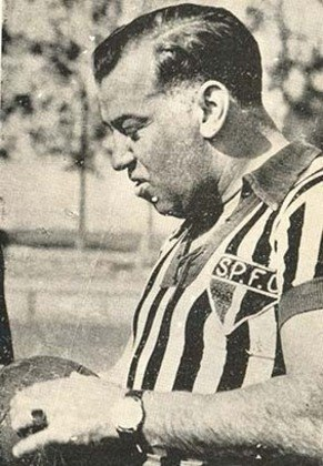 Como técnico, Joreca foi o estrangeiro com mais títulos pelo São Paulo, conquistando os Campeonatos Paulistas de 1943, 1945 e 1946, o último de forma invicta. Treinou Leônidas da Silva, Luizinho, Sastre, Bauer, Noronha e Ruy