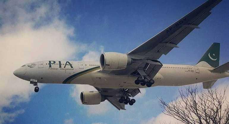 Companhia paquistanesa suspende voos para Cabul