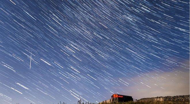 As Perseidas acontecem em agosto e talvez sejam a mais famosa chuva de meteoros