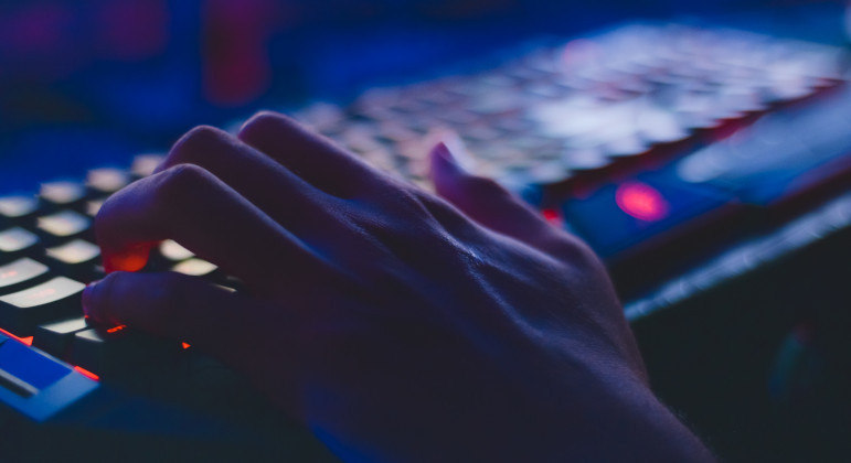 No centro da polêmica, spyware Pegasus foi criado pela empresa israelense NSO Group