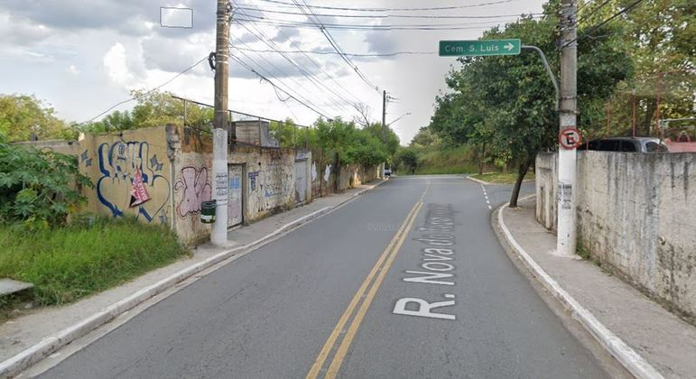 Fogo atinge ao menos 10 casas em comunidade da zona sul, na rua Nova Tuparoquera