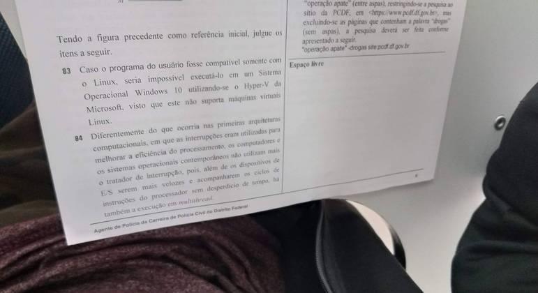 Fotos de caderno de provas do concurso da PCDF circulam na internet
