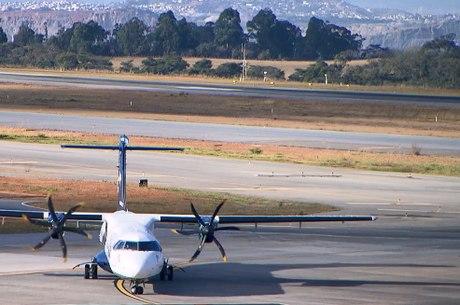 Avião vindo de Portugal foi o primeiro a pousar