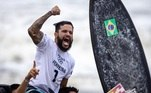Confira aqui as mais incríveis fotos do noite e da madrugada do dia de competições nos Jogos Olímpicos de Tóquio. Abrimos com a alegria do surfista Ítalo Ferreira ao conquistar a medalha de ouro no surfe.