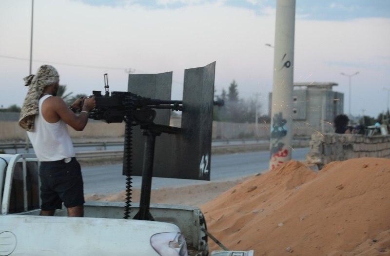 Líbia já acumula quase 100 mortes em confrontos em Trípoli