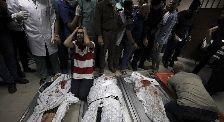 Conflito entre Israel e Palestina: Egito abre fronteira terrestre com a Faixa de Gaza