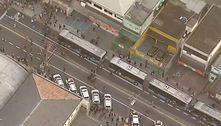 Protesto para ônibus no terminal Grajaú em dia de greve de trens