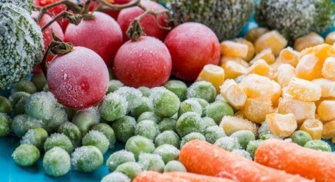 Congelar frutas e verduras: Saiba como fazer da forma mais saudável
