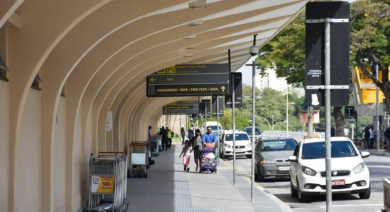 Prefeitura de SP vai abordar passageiros em Congonhas a partir desta quinta-feira (27), das 7h às 23h