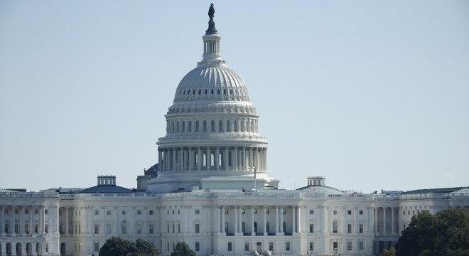 Congresso dos EUA discute pacote fiscal contra os efeitos econômicos do coronavírus