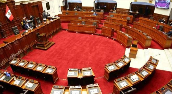 Congresso peruano discute nesta sexta a votação do impeachment de Martín Vizcarra