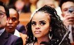 Pashu é filha de uma das treze rainhas do Rei Mswati III. Em 2006, quando estava com 18 anos de idade, ela se posicionou abertamente contra a poligamia em um ciclo de debates: