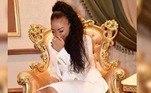 Além das declarações polêmicas, quando adolescente, Pashu também teria desagrado membros do governo por dar festas regadas a álcool e música alta no palácio da Rainha-Mãe, durante o festival de noivado do Rei Mswati III com sua décima terceira esposa