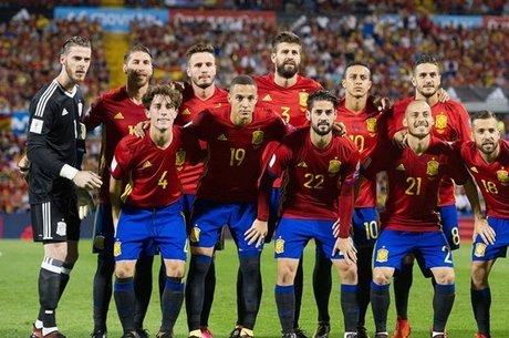 Conheça o time da Espanha para a Copa do Mundo 2018 - R7 Meu Estilo ... aba220be19784