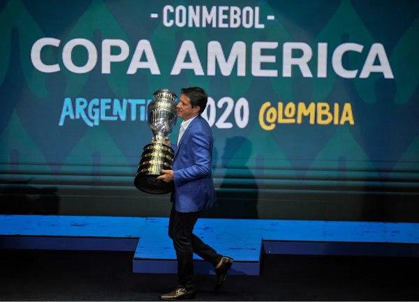 Governo argentino seguiu o argentino. E desistiu da Copa América. Torneio está suspenso