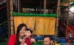 Juntos, o casal teve dois filhos: Conor Jack Jr., de 3 anos, nascido em maio de 2017, e a filha Croia, de 1 ano, que nasceu em janeiro de 2019. Na foto, a família aparece brincando e bem felizes