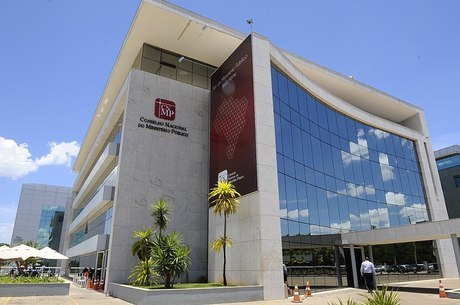 Ministério Público vai discutir aumento dos salários