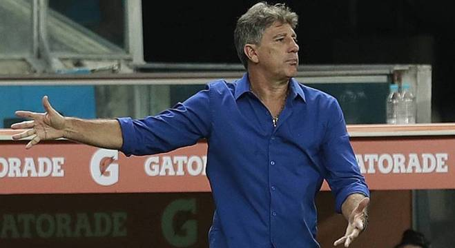 Grêmio soma seis derrotas e cinco empates nos últimos 11 jogos fora de casa contra o Palmeiras