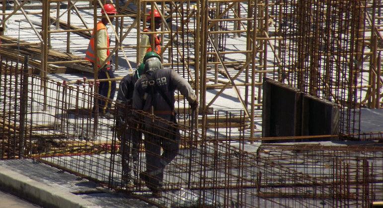 Grupo do aço puxa alta dos preços dos materiais na construção civil