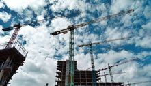 Custo da construção perde ritmo, mas acumula alta de 10,7% no ano