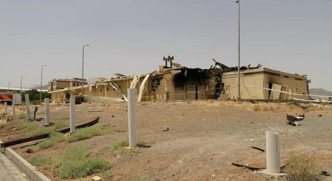Irã acusou o Mossad de estar por trás de explosão que danificou um edifício da central nuclear de Natanz em julho deste ano