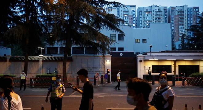 Como retaliação, a China fechou o consulado dos EUA em Chengdu
