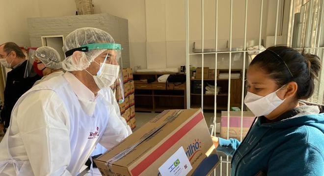 Cestas básicas foram distribuídas para 800 famílias do Bom Retiro