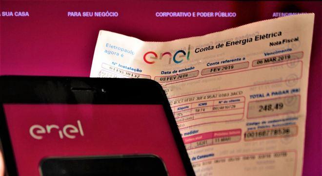 Brasileiro paga dívidas durante pandemia, segundo pesquisa