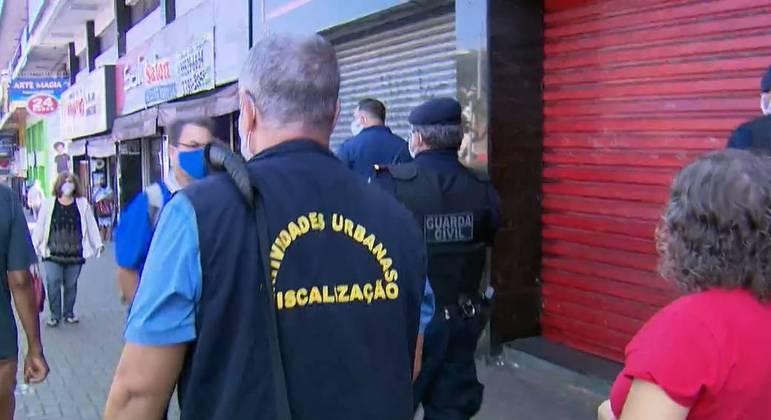 Osasco, na Grande São Paulo, faz operação para combater aglomerações em pandemia