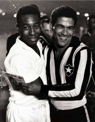Contra o Botafogo, Pelé balançou as redes em 13 oportunidades