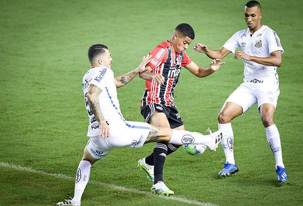 Contra o Santos, no dia 12 do mesmo mês, nova igualdade no placar, mas por 2 a 2, ambos os tentos marcados por Gabriel Sara