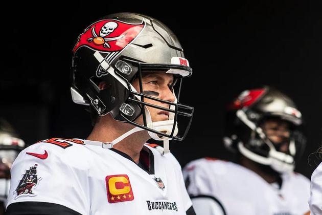 Contudo, há de se tirar o chapéu, de fato, para Brady, no que diz respeito a seu desempenho em 2020: 2º da liga em passes completados e TDs lançados, 3º em jardas aéreas.