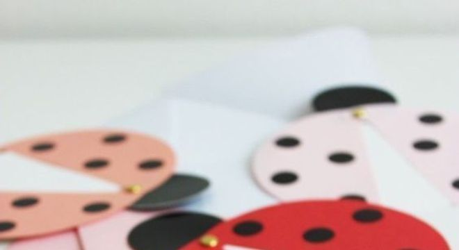 Convite para festa ladybug
