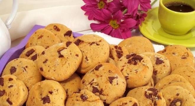 Cookie com gotas de chocolate