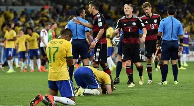 Alemanha X Brasil  felizmente 683f801c93426