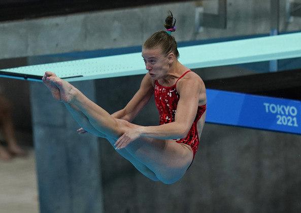 Samantha Pickens em ação pela Copa do Mundo de saltos ornamentais